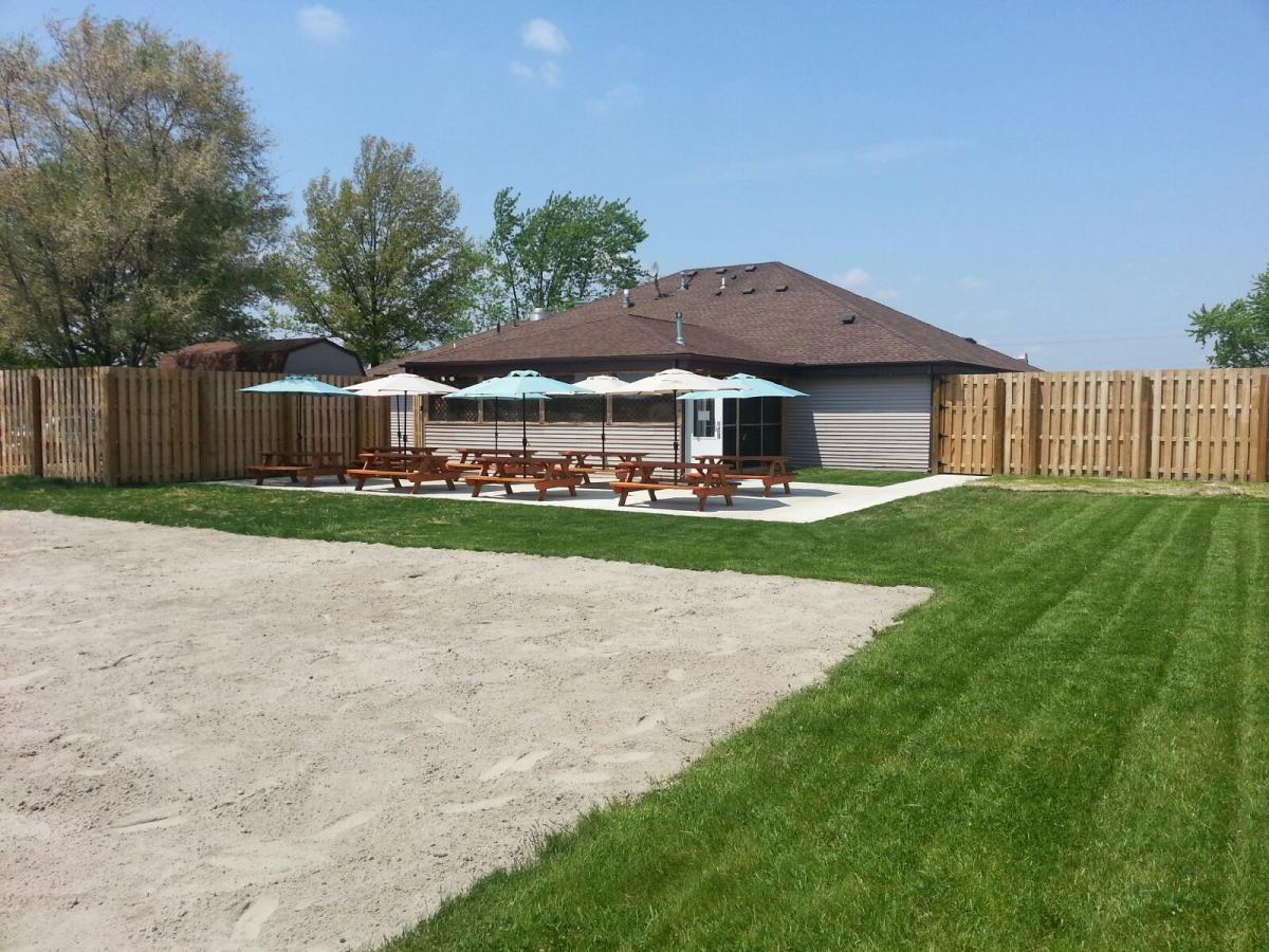 beer garden willows restaurant